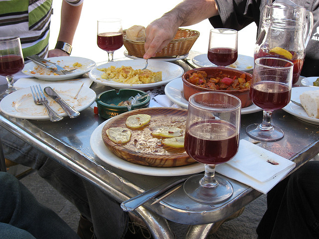 Must eat foods in Spain