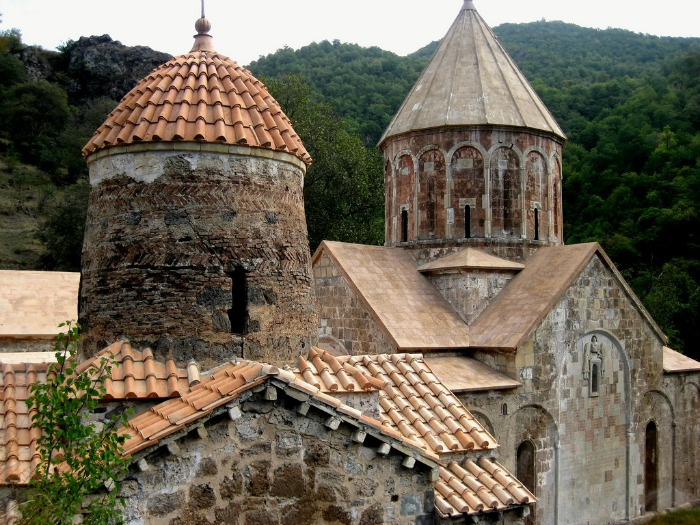 Looking for a travel guide to Azerbaijan? Click through for Azerbaijan travel tips from an expat and insights into where to go, what to do, what to eat and how to do it all safely and cheaply!