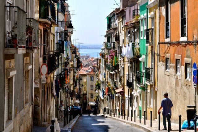 Mini Travel Guide: Portugal >> yesandyes.org