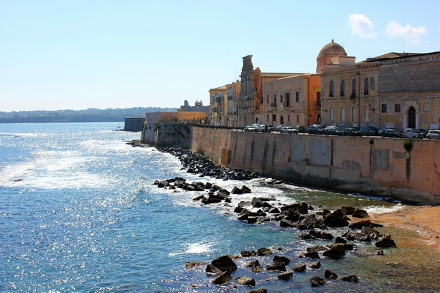 travel-made-simple-siracusa