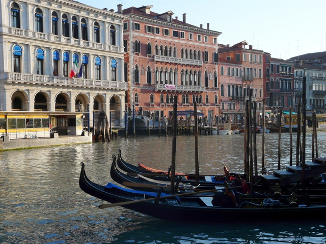 travel-made-simple-venice