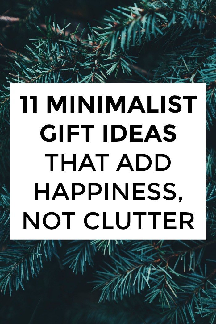 Looking for minimalist gift ideas? You're in the right place! A minimalist present is anything that's consumable, recyclable, or doesn't require dusting or storage. Click through for ideas for EVERYONE on your list!